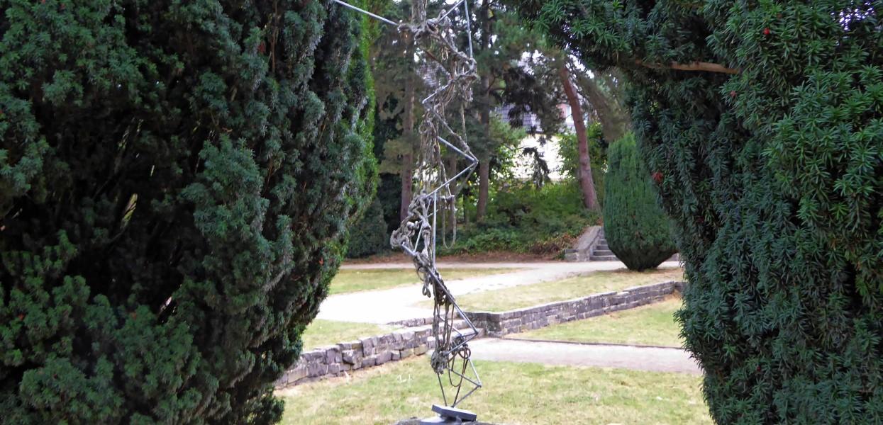 40_Evangelos Papadopoulos_Vier Skulpturen
